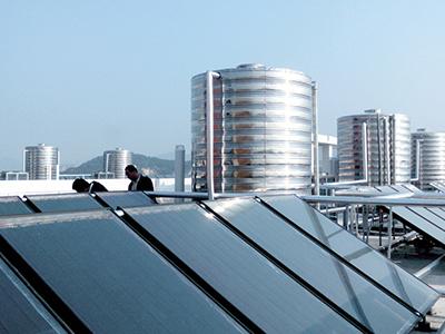 太阳能热水器迈向平板时代