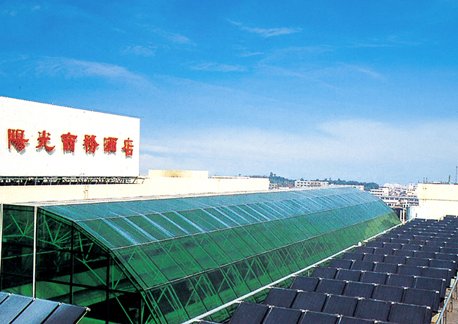 金属平板太阳能热水工程